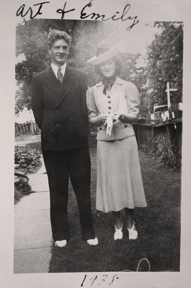 Michelle M. Murosky: The Murosky Collection &emdash; 1938 - Arthur & Emily