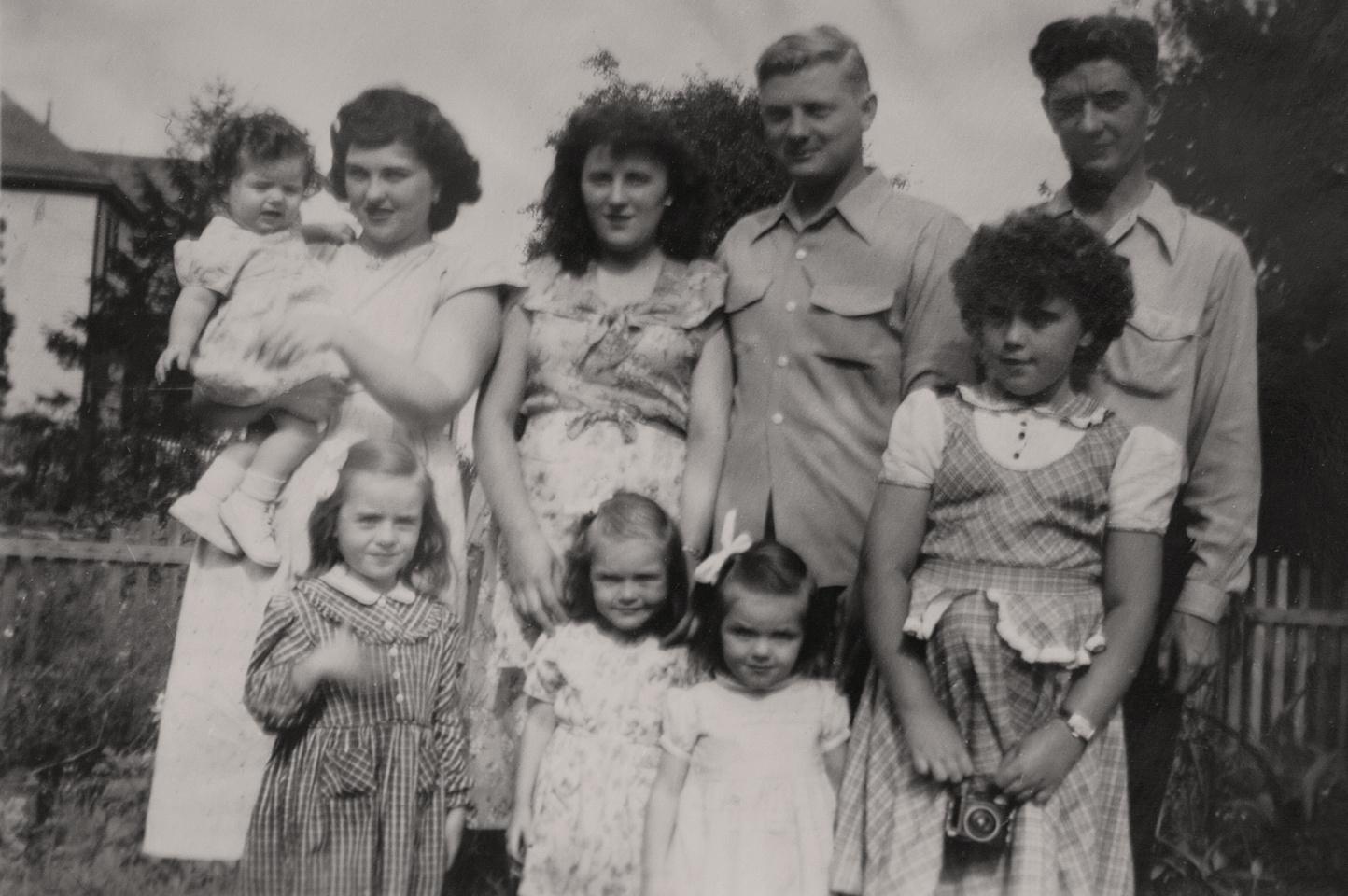 Michelle M. Murosky: The Murosky Collection &emdash; 1948 - Murosky Family Photo