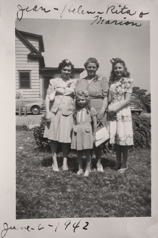 Michelle M. Murosky: The Murosky Collection &emdash; 1942 - Murosky Family Photo