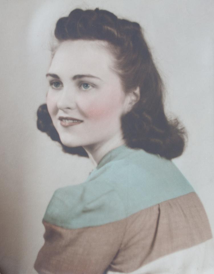 Michelle M. Murosky: The Arthur & Mary Eugenia Collection &emdash; Mary Eugenia McDonald Engagement Photograph